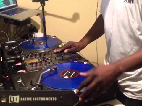 Dj's live in bmore Dj Deek doing what he do