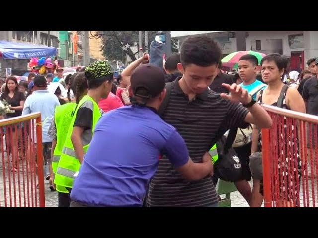 Thousands visit loved ones' graves at Manila North Cemetery