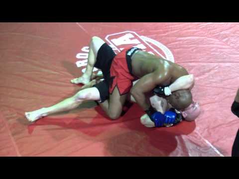 Hardrock MMA 55 Fight 9 Steve Bell vs Jeremy Craig Round 1