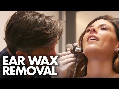 Thumbnail: MEDICAL EAR WAX EXTRACTION (Beauty Trippin)
