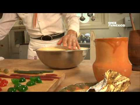 Tu cocina yuri de gortari rosca de reyes viyoutube for Canal cocina mexicana