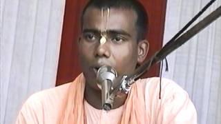 H.G.Gadadhar Pandit Prabhu sings Mayapur Bengali Bhajans - 1996