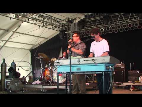 THEY MIGHT BE GIANTS BONNAROO 2010 ANA NG