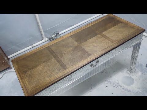 How to Strip and Stain Wood Furniture Tops