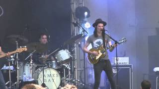 "James Bay- ""Get Out While You Can"" (1080p) Live at Lollapalooza 8-1-2015"
