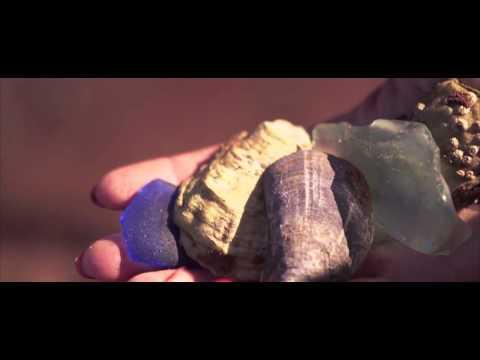 Beachcombing in Prince Edward Island - Ask an Islander