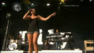 [HQ] Lily Allen - Back To The Start (V Festival 22nd August 2009)