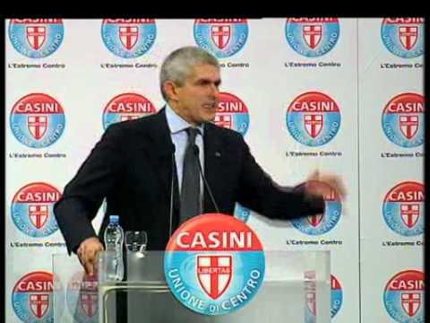 Casini - Questo governo non ci piace e non ci convince