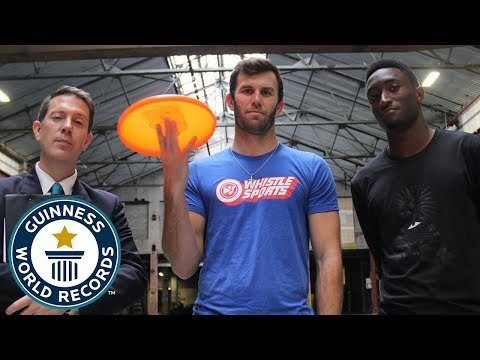 Most behind the back catches of a frisbee in one minute – Brodie Smith – Guinness World Records