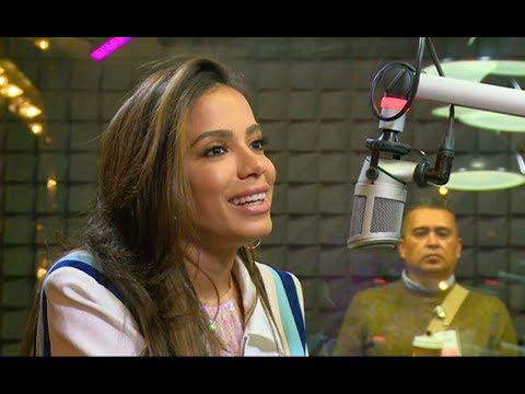 LEGENDADO Anitta feat Luis Miguel Maluma e quem é Anitta? - Exa FM México