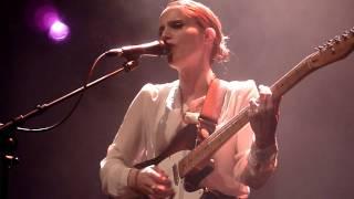 Anna Calvi - First We Kiss (26.11.13)