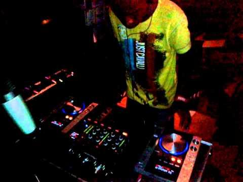 he never dissapoint #dance  dj monde jr