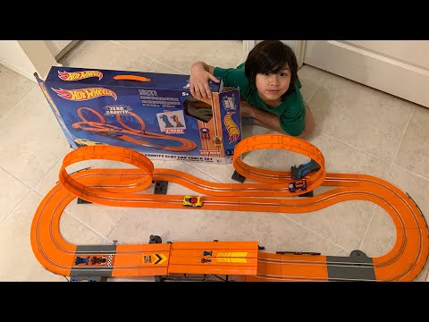 Hot Wheels Zero Gravity Slot Car Track Set