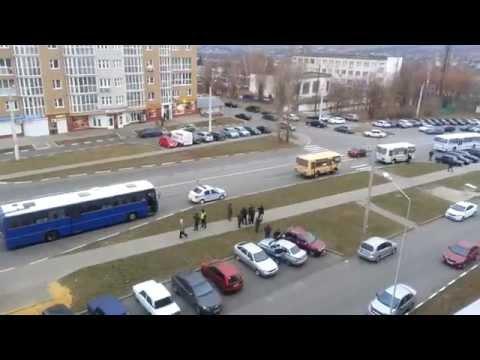Вышли автобусы маршрута 107, но их остановила ДПС