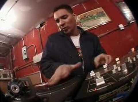 Beastie Boys 3 mcs 1 dj Mixmaster Mike Cam