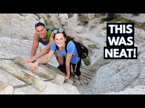 Badlands National Park - Hike With Us (Vlog/Park #24)