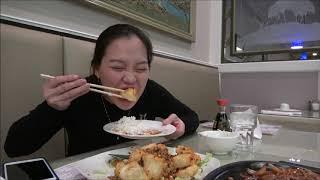 Vlog 620 ll Đậu Hủ Chiên Giòn Lắc Muối Ớt Của Tiệm Người Hoa Ngon Dã Man Con Ngang