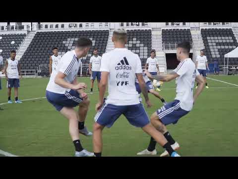 #SelecciónMayor Primer entrenamiento en San Antonio para los dirigidos por Scaloni