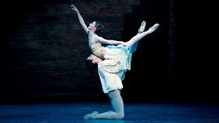 Romeo and Juliet - extract from the Balcony pas de deux (The Royal Ballet)