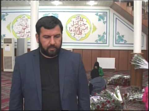 Fatimeyi Zehranin dogum gunu munasibetile Marneulide gul aksiyasi