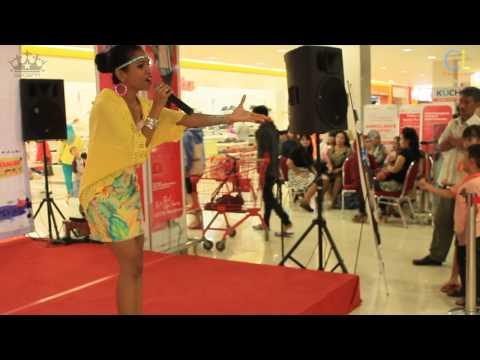 [Documentation] Warna Warni Lomba Karaoke at LOTTEMART