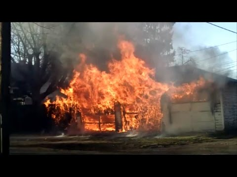 Newark Ohio Fire Department 88 Penny Ave structure fire incident command