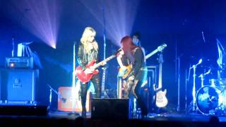 Allison Iraheta and Orianthi Don