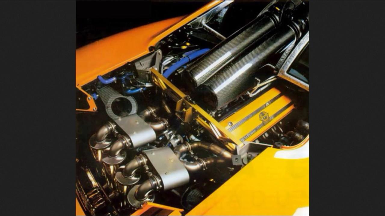 hight resolution of mclaren f1 gtr engine