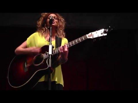 Tori Kelly - PYT (Michael Jackson Cover) Bush Hall, London 30/01/13