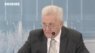 Welle von Protesten - Landtag setzt umstrittene Pensionsregelung aus