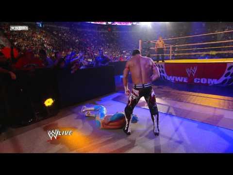 Raw: Sin Cara vs. Evan Bourne  Raw Roulette No Countout