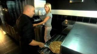 Baixar Els Tibau, WeekendjeWeg (VijfTV), bij KingslizePizza Mechelen