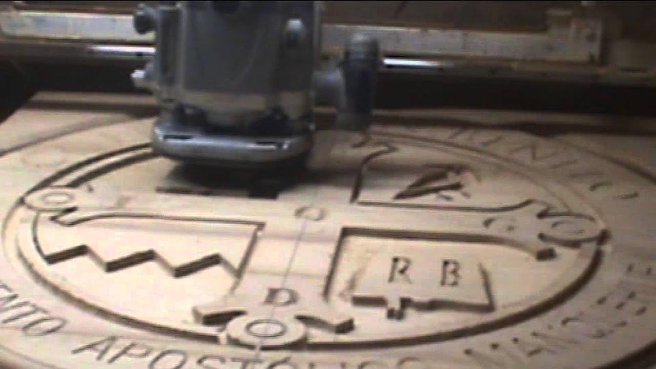 Escudo fresado en madera para colegio youtube - Fresadora de madera ...