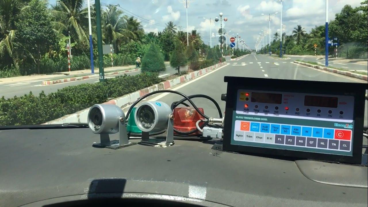 Bài thi sát hạch lái xe đường trường