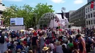 VIVA VOCE Immer begleiten Deutscher Evangelischer Kirchentag 2015 Stuttgart Marktplatz 6.6.15