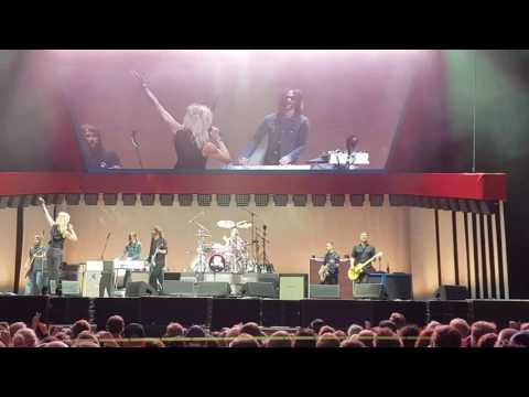 Foo Fighters with Michael Monroe: Let There Be Rock [AC/DC]