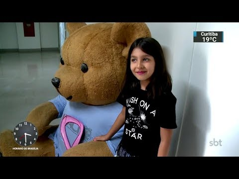 Crianças participam de doação de cabelo para pacientes com câncer | SBT Notícias (12/10/17)