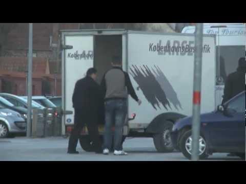 Dansk bus henter illegale arbejdere