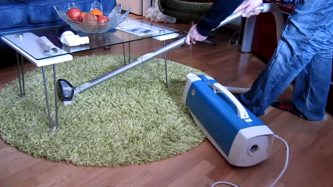 Hoover Model 427 Vacuum Cleaner From 1973 Youtube