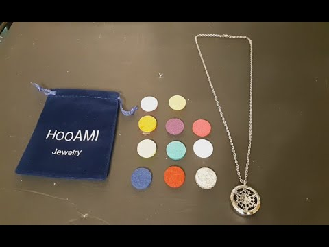 2020-2-7-unboxing-hooami-stainless-steel-essential-oil-diffuser-necklace