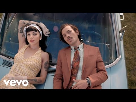 Descargar MP3 Caloncho - Palmar ft. Mon Laferte
