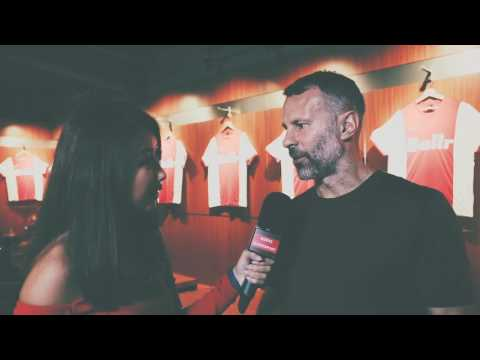 [BALLR] Michelle Lee meets Giggs and Neville
