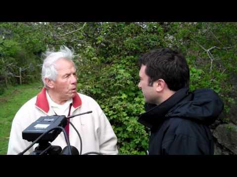 Ros Atkins learning Cornish language
