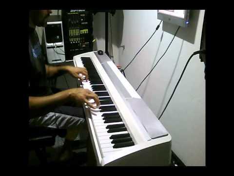 llore llore elvis crespo (piano)