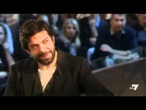 LE INVASIONI BARBARICHE  Daria Bignardi intervista Pierfrancesco Favino