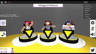 ROBLOX VIP Fashion Famous Outfits