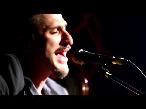 Doğan Duru \u0026 Ferman Akgül - Don Kişot (Akustik Performans)   Bronx Konseri indir