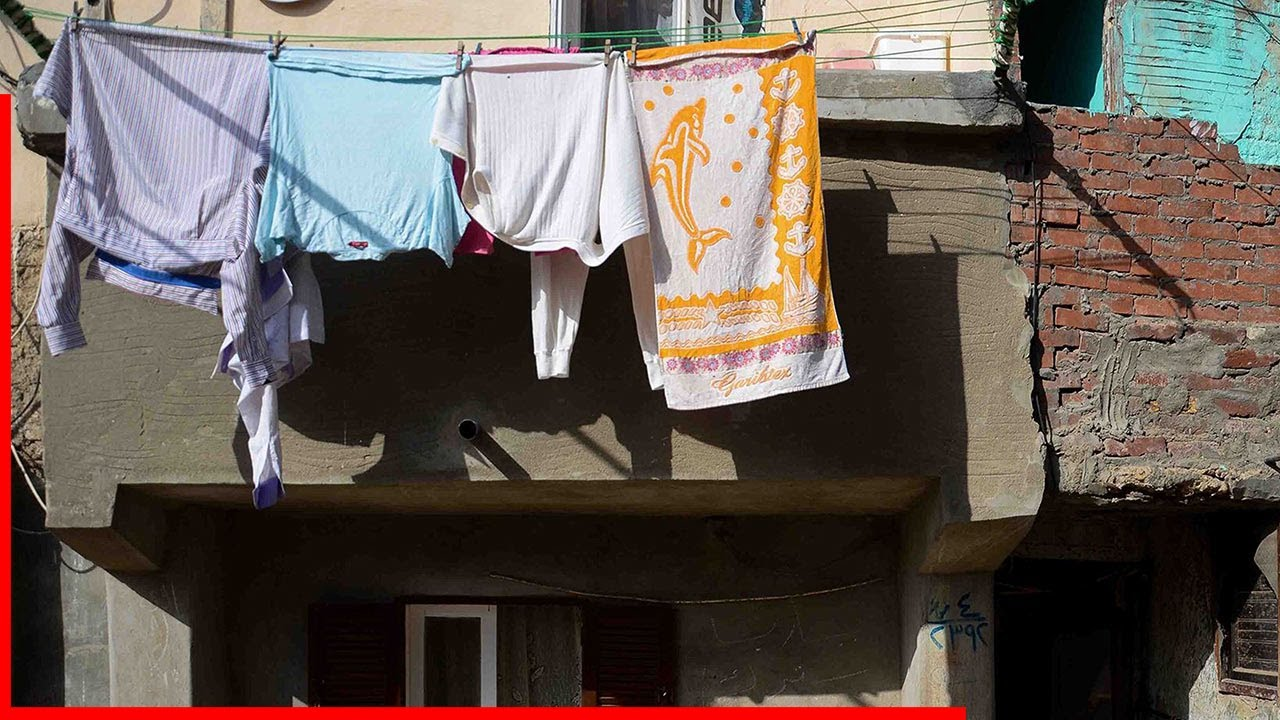 Wife always sneered at her NEIGHBOR'S dirty laundry, but what her husband said made her fall silent