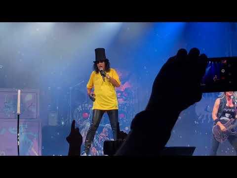 Alice Cooper - School's Out (Live Curitiba 23.09.2017) 4K