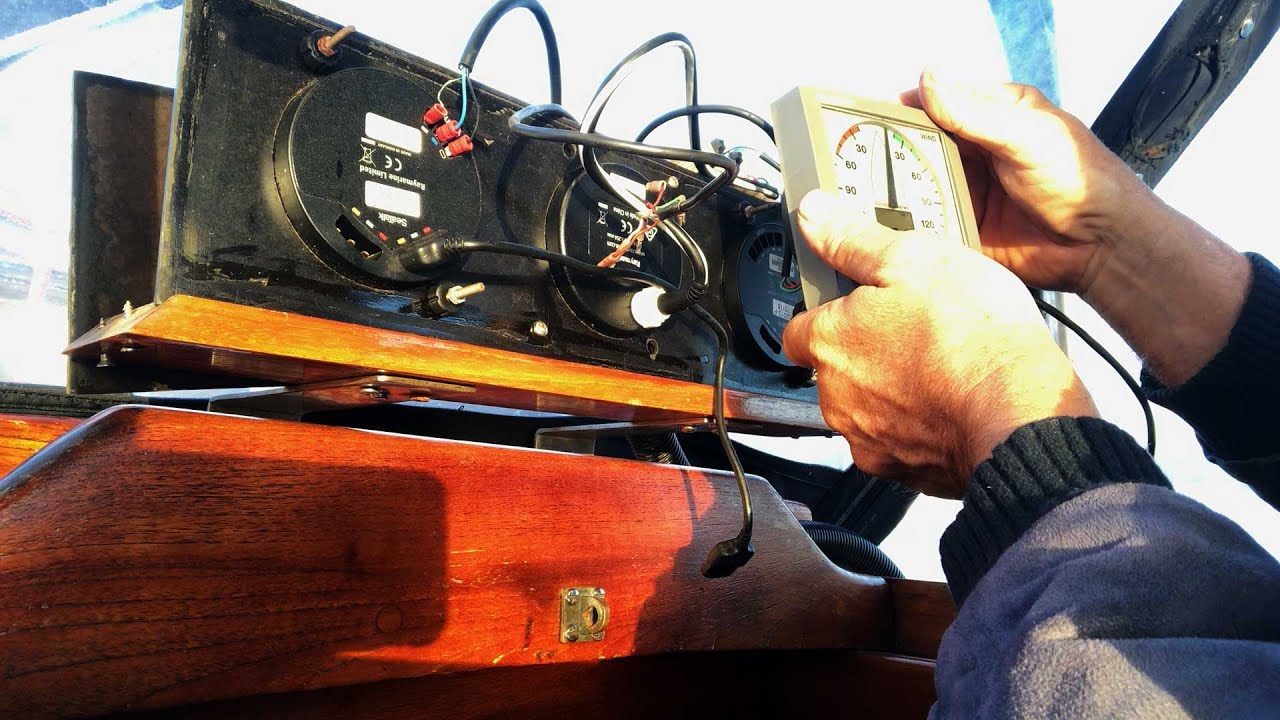 Ep 205 | Changing the Screen on our ST60+ Wind Instrument and Other Boat Jobs, Nutshell Workshop